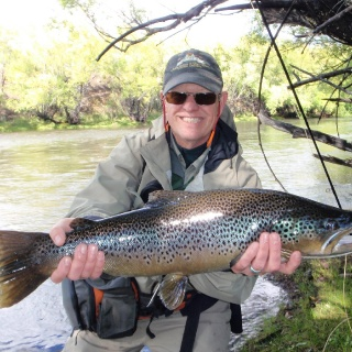 Beauty Brown trout - San Huberto Lodge - Fly fishing in Patagonia.