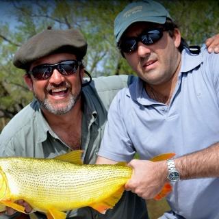 Fly fishing for Golden Dorado