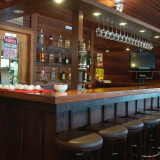 American bar with juices, soft drinks, beer, wines and spirits