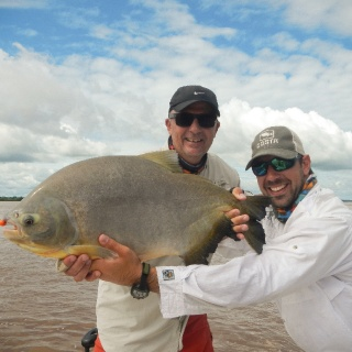 Fly fishing for Pacu at Paso de la Patria
