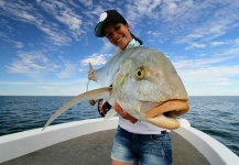 Katka Švagrová 's Fly-fishing Image of a Golden Trevally – Fly dreamers