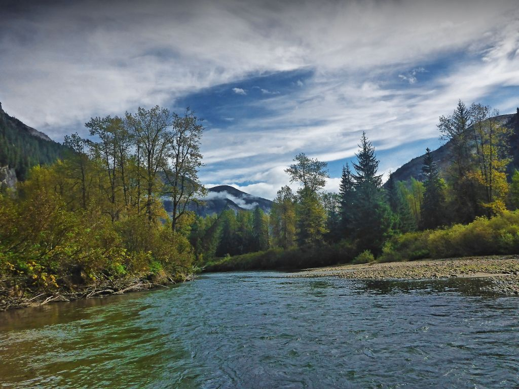 Deep creek lodge fly fishing lodge fly dreamers directory for Terrace canada