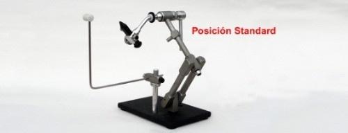 Posiciones  El Pedestal presentado en la morsa V06-PA de reciente fabricación está concebido para facilitar el trabajo sobre el banco de atado.      Como se puede apreciar en el instructivo de armado y mantenimiento, permite ser adaptado a distintas pos...