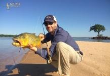 Vittorio Botta 's Fly-fishing Catchof a Golden <strong>Dorado</strong>– Fly dreamers
